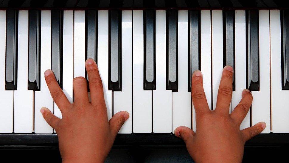 тому пальцы на фортепиано картинки осветления готовиться